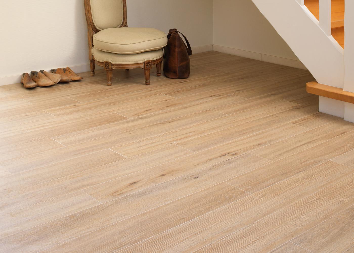 sol stratifi pose simple guide sol stratifie prix with. Black Bedroom Furniture Sets. Home Design Ideas