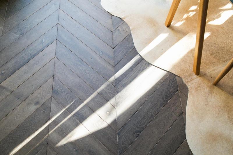 point de hongrie et ch ne fonc la parqueterie nouvelle. Black Bedroom Furniture Sets. Home Design Ideas