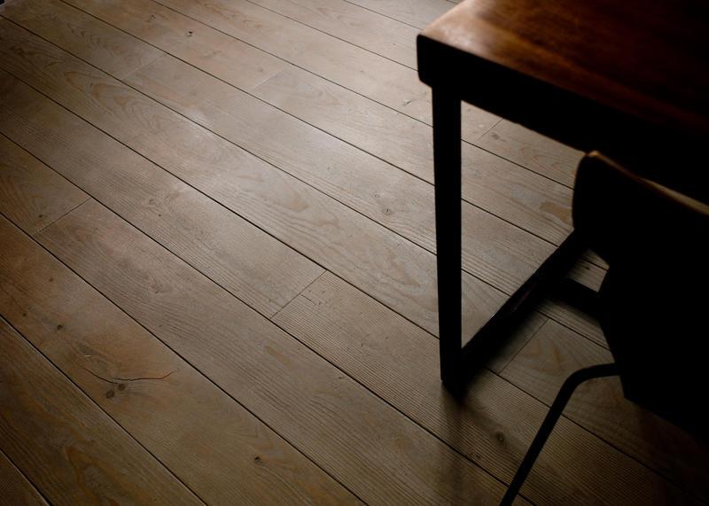 la simplicit du pin des landes la parqueterie nouvelle. Black Bedroom Furniture Sets. Home Design Ideas