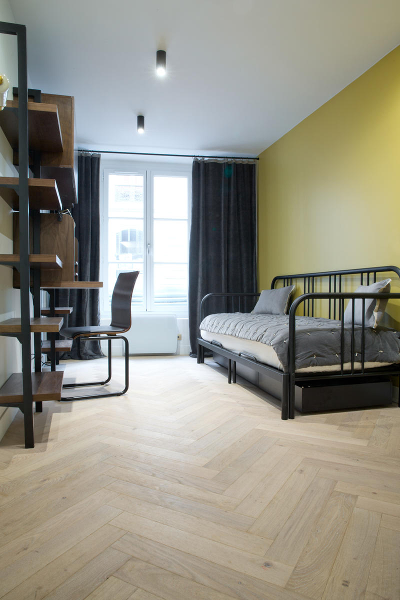 parquet clair et b ton rompu la parqueterie nouvelle. Black Bedroom Furniture Sets. Home Design Ideas