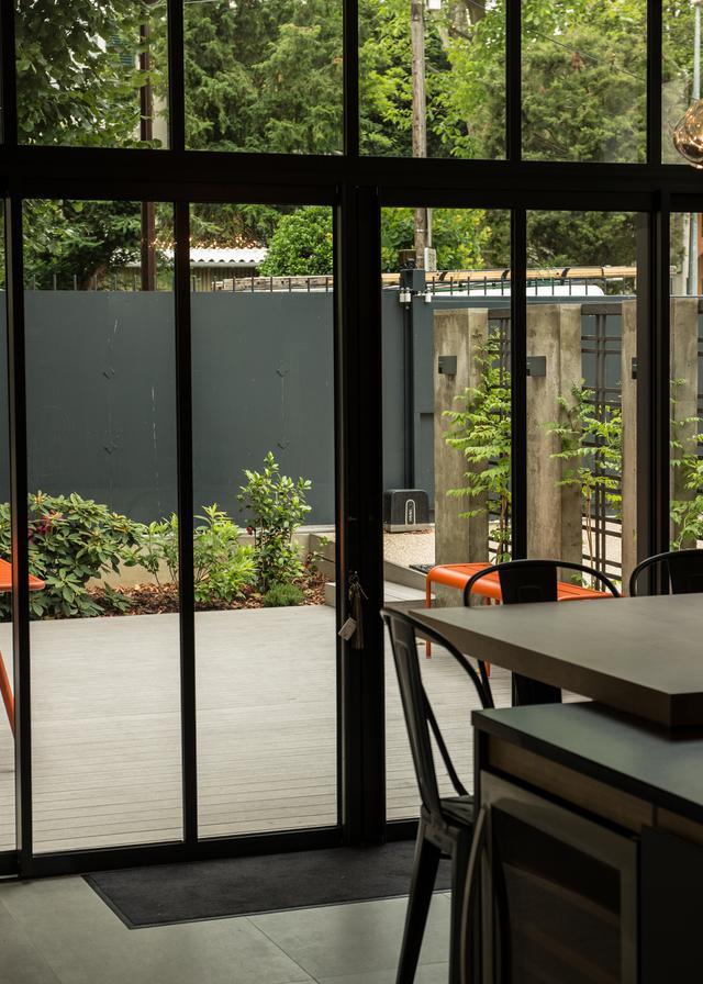 terrasse en bois et bois composites la parqueterie nouvelle. Black Bedroom Furniture Sets. Home Design Ideas
